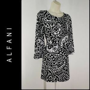 Alfani Dresses - Alfani Woman Paisley Bell Sleeve Short Dress SZ M